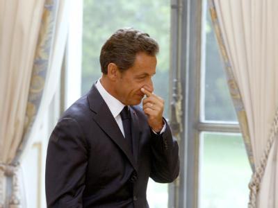 In Frankreich wächst der Druck auf Präsident Nicolas Sarkozy in Bezug auf die Roma-Debatte.