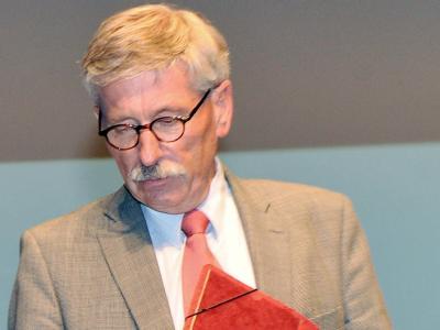 Bundesbank-Vorstand Sarrazin verlässt freiwillig die Bundesbank.