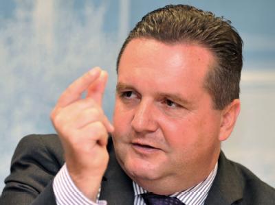 Baden-Württembergs Ministerpräsident Stefan Mappus zeigte sich bestürzt über die Bluttat von Lörrach.