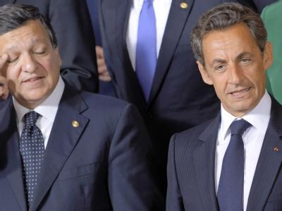 Frankreichs Staatspräsident Nicolas Sarkozy (R) und EU-Kommissionspräsident José Manuel Barroso (L) rasselten auf dem EU-Gipfel in Brüssel aneinander.
