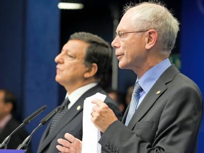 Südkorea und China sind zu Gipfelgesprächen in Brüssel bei Kommissionspräsident Barroso (l) und dem Ratsvorsitzenden Herman Van Rompuy. (Archivbild)
