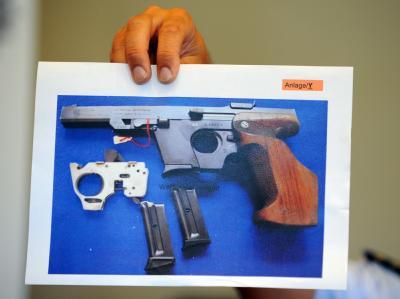 Mit einer solchen Walther Longrifle 22 mm hat die Täterin des Amoklaufs auf ihre Opfer geschossen.