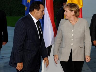 Angela Merkel empfängt den ägyptischen Staatspräsidenten Husni Mubarak im Bundeskanzleramt.