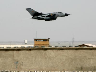 Nach dreieinhalb Jahren wird der einst höchst umstrittene Einsatz der deutschen Tornado-Aufklärungsflugzeuge in Afghanistan beendet. (Archivbild)