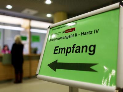 Empfangsschalter der Arbeitsagentur in Köln. (Archiv)