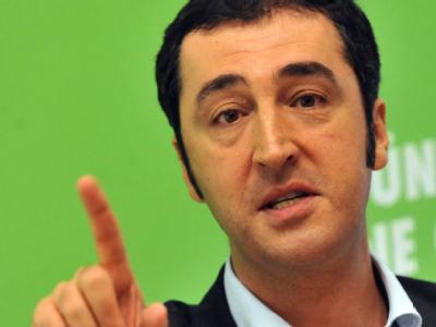 Der Parteivorsitzende von Bündnis 90/Die Grünen, Cem Özdemir: Seine Partei hat im Vergleich zur Vorwoche einen Prozentpunkt in der Umfrage zugelegt.