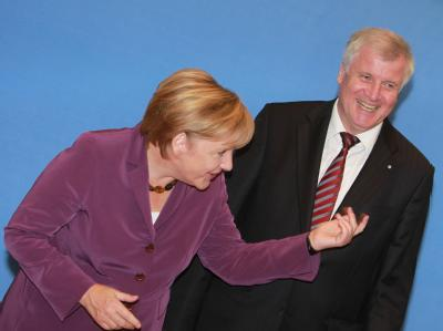 Angela Merkel und Horst Seehofer bei der gemeinsamen Präsidiumssitzung in Berlin.