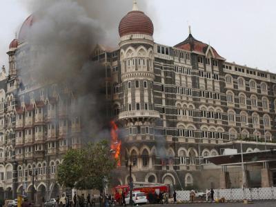 Zehn Terroristen griffen am 26. November 2008 in Mumbai unter anderem zwei Luxushotels, den größten Bahnhof der Stadt sowie das jüdische Zentrum an. (Archivbild)