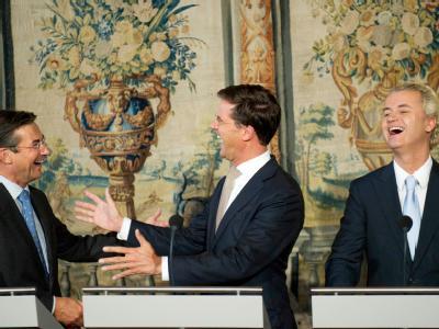 CDA-Chef Maxime Verhagen (l), VVD-Chef Mark Rutte und PVV-Chef Geert Wilders (r) in Den Haag.