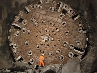 Die gigantische Bohrmaschine