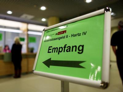 Für das Hartz-IV-Gesamtpaket sind gut 900 Millionen Euro zusätzlich eingeplant.