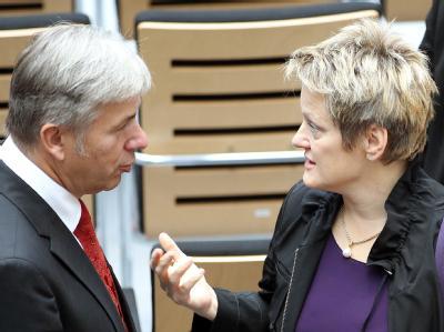 Klaus Wowereit (SPD) und Renate Künast (Grüne) im Abgeordnetenhaus in Berlin.