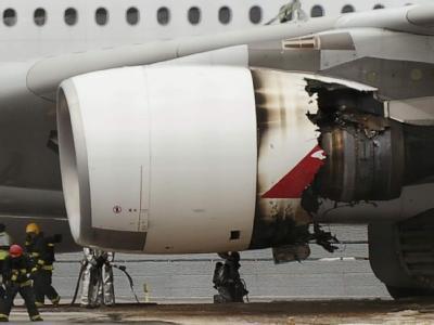 Notlandung in Singapur: Das Triebwerk des A380 ist schwer beschädigt.