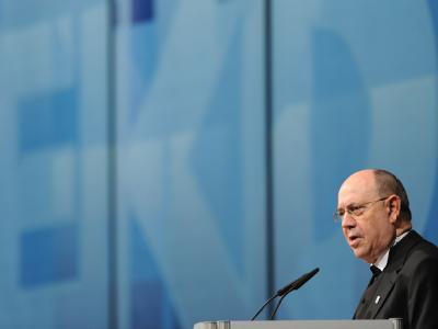 Präses Nikolaus Schneider auf der EKD-Synode.