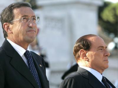 Einst verbündet, jetzt verfeindet: Der italienische Parlamentspräsident Gianfranco Fini (l.) und Regierungschef Silvio Berlusconi.