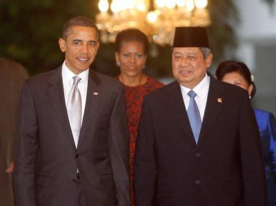 US-Präsident Barack Obama und sein indonesischer Amtskollege Susilo Bambang Yudhoyono (r) trafen sich zu Gesprächen in Jakarta.