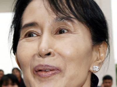 Birmas berühmteste Dissidentin Aung San Suu Kyi wird vielleicht bald aus dem Hauarrest entlassen.