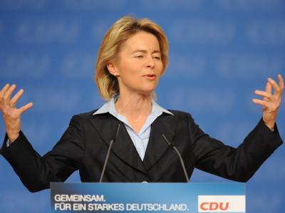 Bundesarbeitsministerin Ursula von der Leyen auf dem 23. CDU-Bundesparteitag in Karlsruhe.