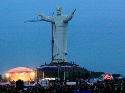 Die weltgrößte Christusstatue steht jetzt im polnischen Swiebodzin.