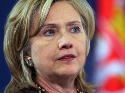 US-Außenministerin Hillary Clinton hat auch die deutsche Regierung über die Veröffentlichung vertraulicher US-Dokumente auf der Online-Plattform Wikileaks unterrichtet.