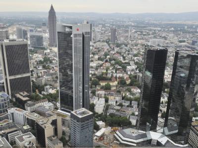 Banken und Versicherungen sollen sich an der Griechenlandrettung beteiligen - allerdings nur absolut freiwillig.