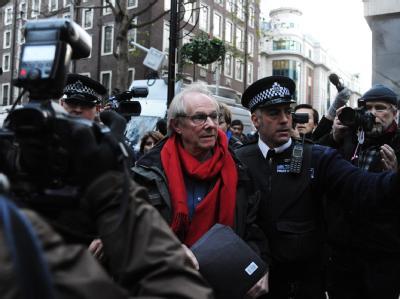 Breite Unterstützung: Zu den Bürgen, die vor Gericht auftreten, gehörte auch der britische Regisseur Ken Loach.