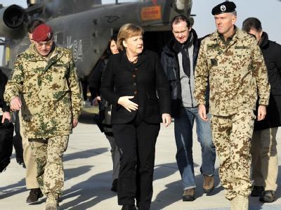 Angela Merkel besucht Afghanistan