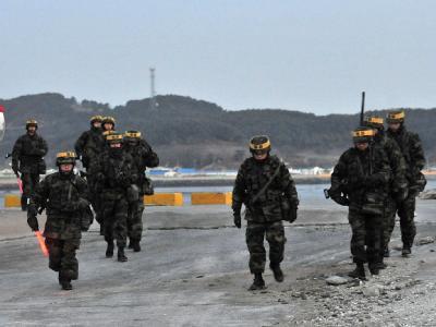 Südkoreanische Soldaten auf der Insel Yonpyong.