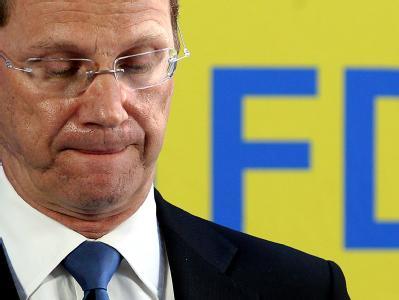 FDP-Chef Guido Westerwelle geht durch schwere Zeiten.