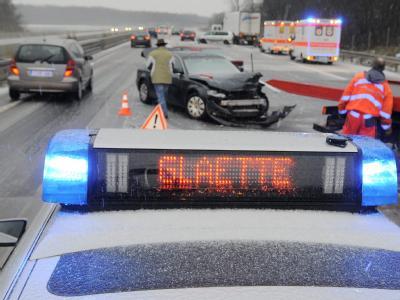 Unfälle nach Glatteis