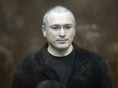 Der Angeklagte, Michail Chodorkowski, im Gerichtssaal.