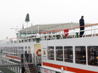 Das niederländische Fahrgastschiff «Prinses Juliana» liegt in der Moselmündung unweit des Deutschen Ecks in Koblenz unter Quarantäne.