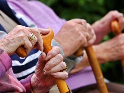 Möglicherweise wird der Rentenbeitrag schon früher gesenkt als geplant.