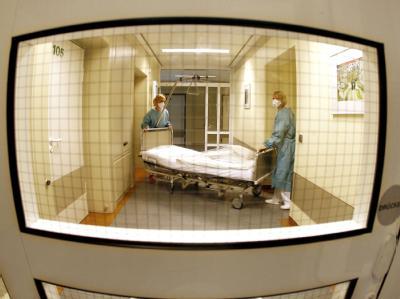 Isolierstation eines Krankenhauses im nordrhein-westfälischen Dorsten (Symbolbild).