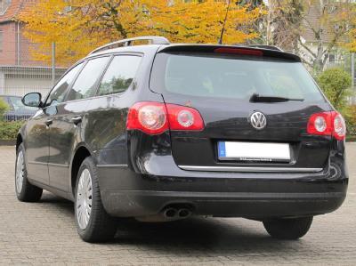 Die Polizei Viersen suchte unter anderem nach Hinweisen auf einen VW-Passat-Kombi. (Handout Vergleichstyp)