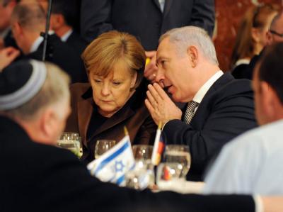 Israels Regierungschef Netanjahu im Gespräch mit Bundeskanzlerin Angela Merkel.