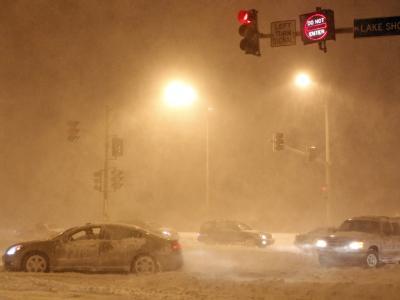 Nichts geht mehr: Steckengebliebene Wagen auf einem Straße im US-Bundesstaat Illinois.