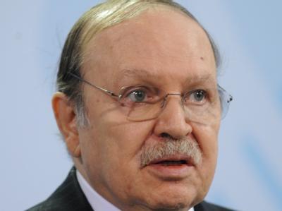 Der algerische Präsident Abdelaziz Bouteflika: Der 73 Jahre alte autoritäre Präsident ist seit 1999 im Amt und wurde 2009 mit mehr als 90 Prozent der Stimmen für eine dritte Amtszeit wiedergewählt. Um erneut kandidieren zu können, hatte er die Verfassung