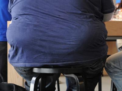 Im Jahr 2008 waren der Studie zufolge geschätzte 205 Millionen Männer und 297 Millionen Frauen auf der Welt zu dick. (Archivbild)