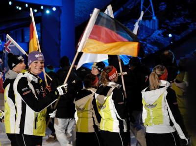 Das deutsche Team mit Maria Riesch (2.v.l.) bei der Eröffnungsfeier.
