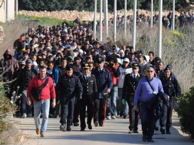 Tunesier auf Lampedusa