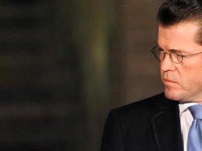 Verteidigungsminister Karl Theodor zu Guttenberg am Freitag im Bundesverteidigungsministerium.