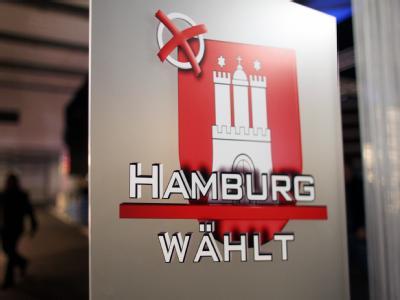 Rund 1,3 Millionen Hamburger sind aufgerufen, über die Verteilung der 121 Sitze im Landesparlament zu entscheiden.