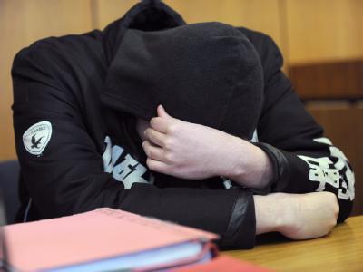Angeklagter im Landgericht Hildesheim