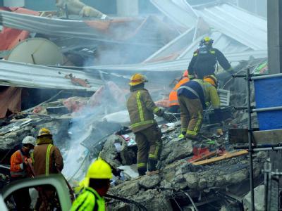 Viele Menschen wurden in einstürzenden Gebäuden begraben.
