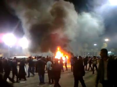 Diese Youtube-Aufnahme zeigt Demonstranten in der libyschen Hauptstadt Tripolis am vergangenen Sonntag.