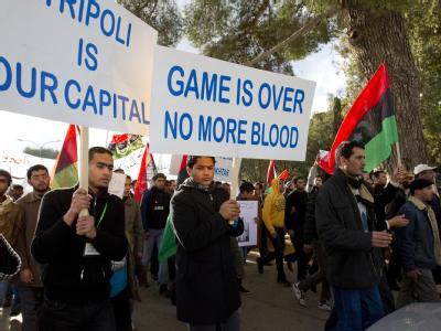 Der libysche Staatschef al-Gaddafi behauptete in einem BBC-Interview erneut, in Tripolis gebe es keine Proteste.