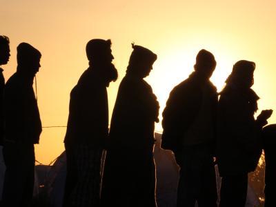 Die UNHCR schätzt, dass bisher 200 000 Fremdarbeitskräfte aus Libyen geflüchtet sind. Mehr als eine Million soll sich noch im Land befinden.