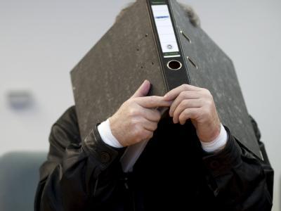 Der 66-jährige Mann aus Oldenburg hat gestanden, den Discounter Aldi-Nord um 800 000 Euro erpresst zu haben.
