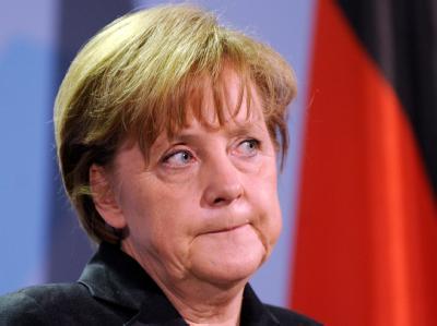 Bundeskanzlerin Angela Merkel nimmt im Kanzleramt Stellung zu dem Reaktorunfall in Japan.